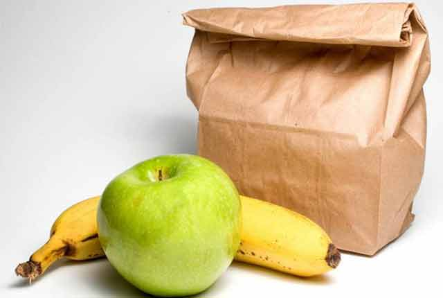 Sack Lunch with Green Apple and Banana