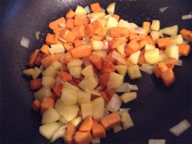 Apple sweet potato hash
