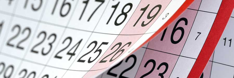 Calendar symbolizing delays in orthodontic treatment
