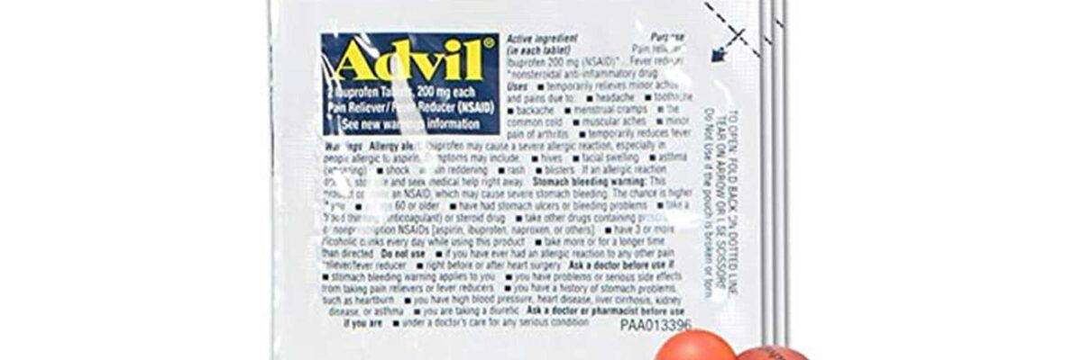 3 travel packets of Advil arranged overlapping each other with two pills in front of them